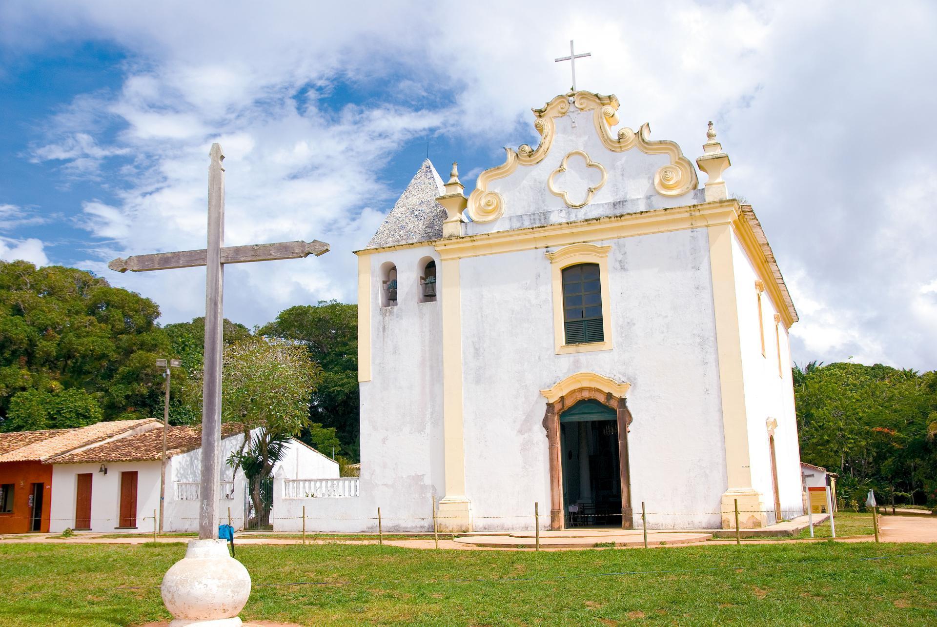 Easter: Cross and Church in Bahia