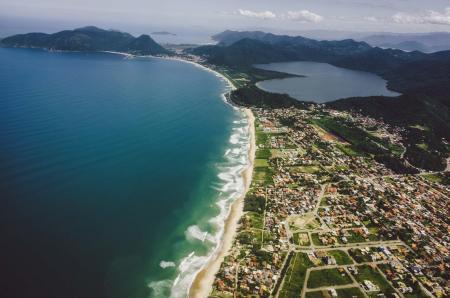 Beach of Jurere on the Ilha Santa Catarina
