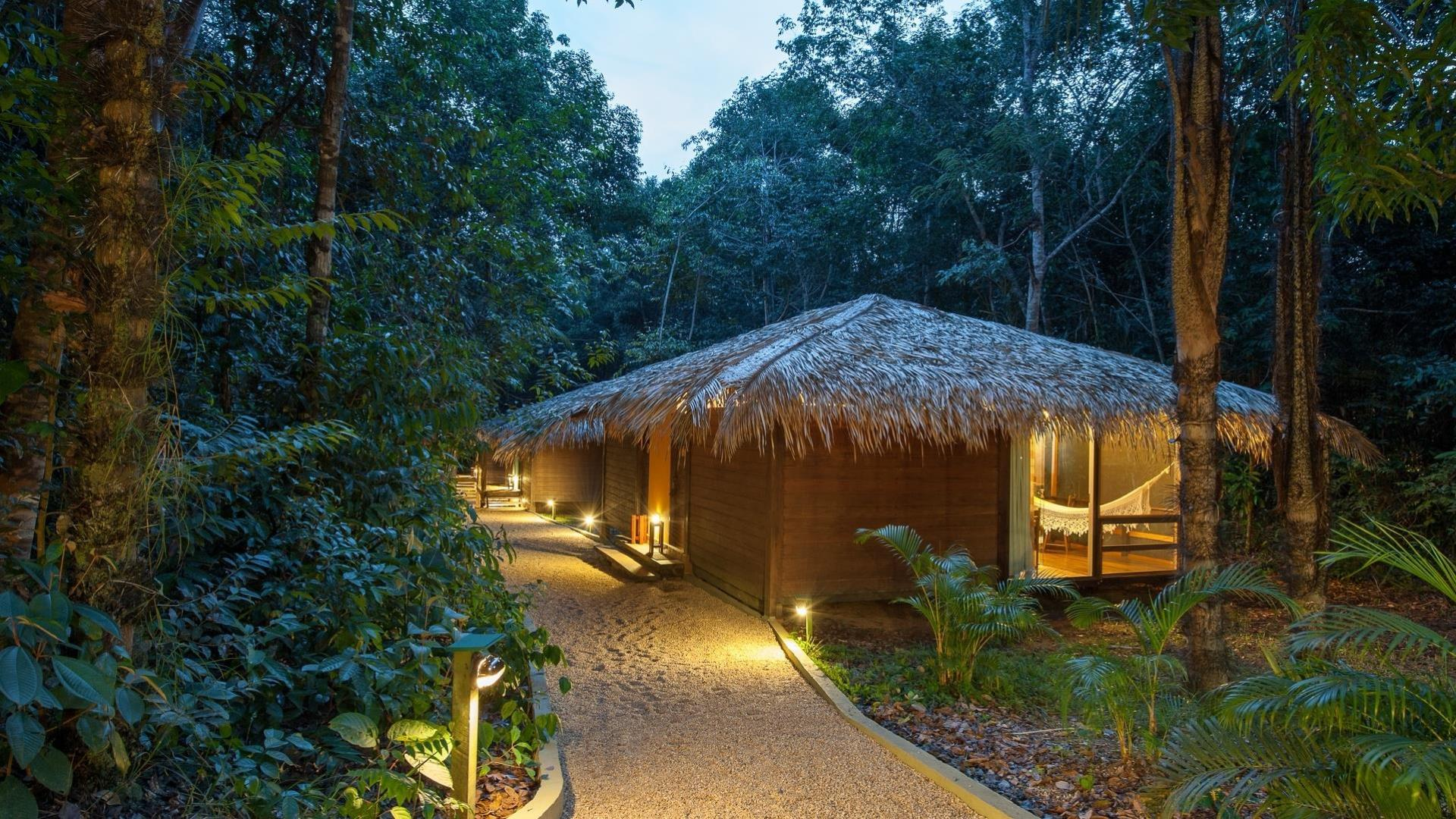 3 to 6 days of Luxury and Nature in the middle of the Jungle at Anavilhanas Jungle Lodge