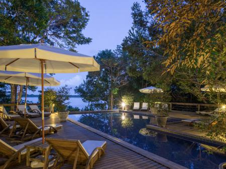 External view with Pool and outdoor area at Anavilhanas Jungle Lodge