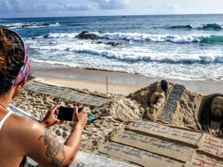 Relaxing sea breeze in Salvador