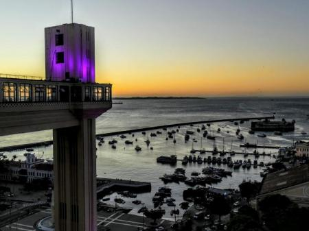 Lacerda Elevator in Salvador at sunset