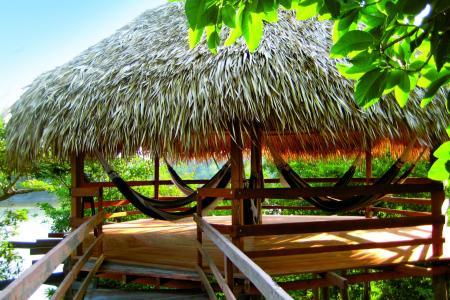 Amazon Juma Lodge: Example of a cabana with hammocks