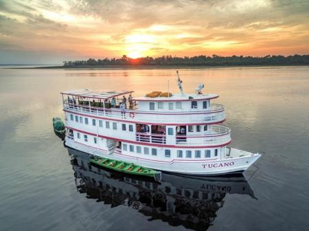 Tucano Motor yacht: The cruise ship during sunrise