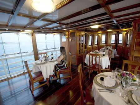Motor Yacht Tucano: River view from the restaurant